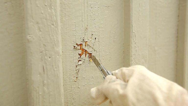 Afrensning af gammel og løstsiddende maling