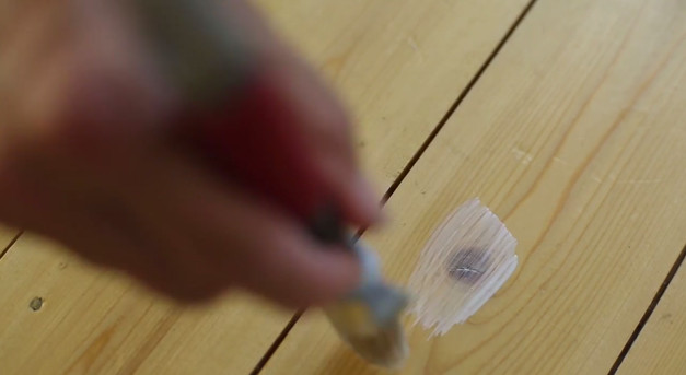 Maling af trægulv - knaster