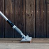 Terrasse værktøj på forlængerskaft - pleje af træterrassen